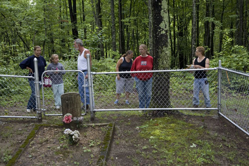 On Sunday, July 26, several members of the Cook family and their friends made a trip up to the family cemetery. They are determined to protect their ancestors.  photograph (c) antrim caskey, 2009